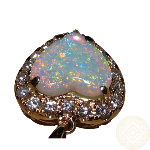 Heart Shaped Natural Gemstones Opal Pendants Jewelry